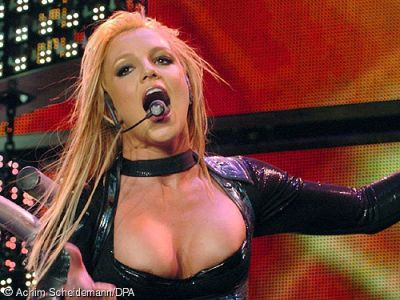 Britney Spears Demonstrates her Oral Abilities. In Concert. Of course that is what I meant. What were you thinking, pervertz?