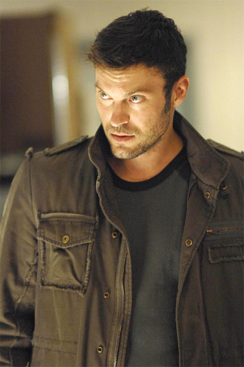 Brian Austin Green is just awesome on the Sarah Connor chronicles. That is all I am saying.