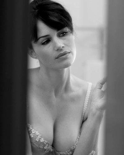 Carla Gugino, In That Same Bra, But Only Black and White.