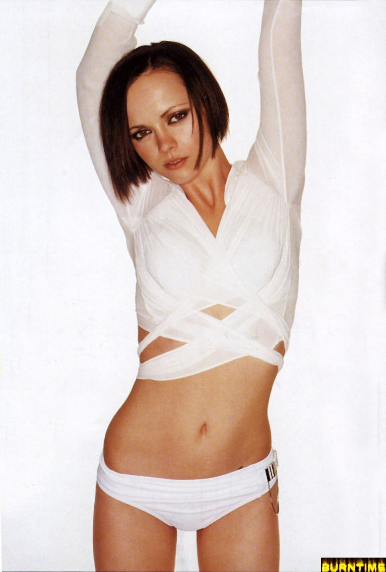 Christina Ricci - Wallpaper Hot
