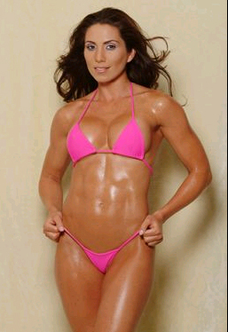 Laura Posada Has Quite The Six-Pack Set of Abs.